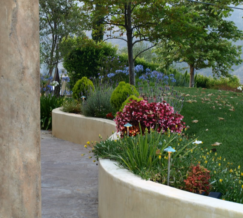 Simi Valley Electrical Contractor Landscape Lighting